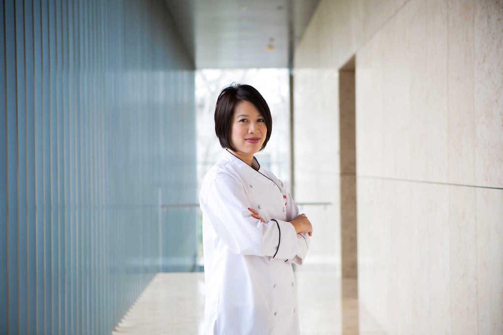 Christine Hà   Vietnamese-American